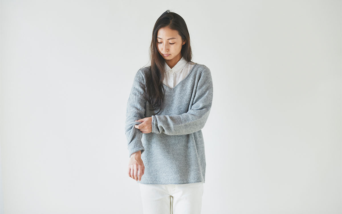 enrica v-neck knit grey
